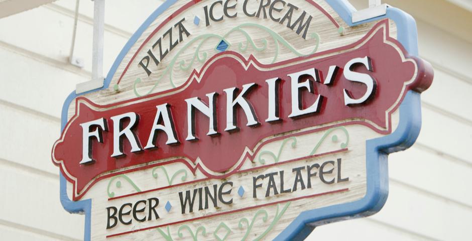 Frankies_Mimi_HomeSlider13